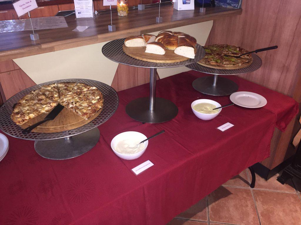 restaurant-kamino-heiligenhafen-buffet-pizza
